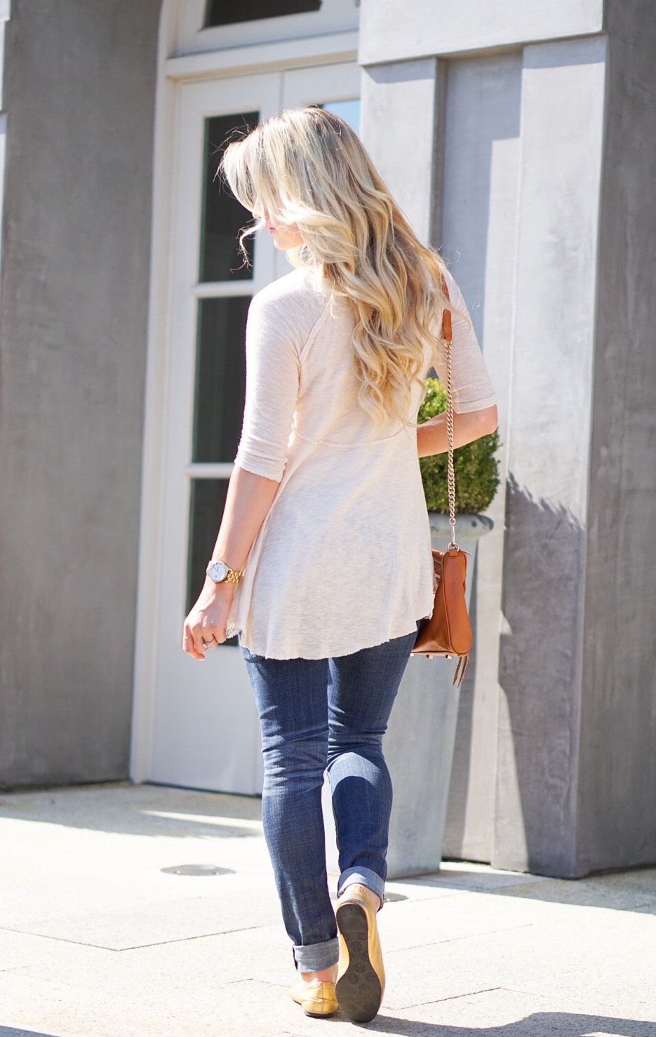 Flowy Top Amp Ripped Jeans A Touch Of Pink