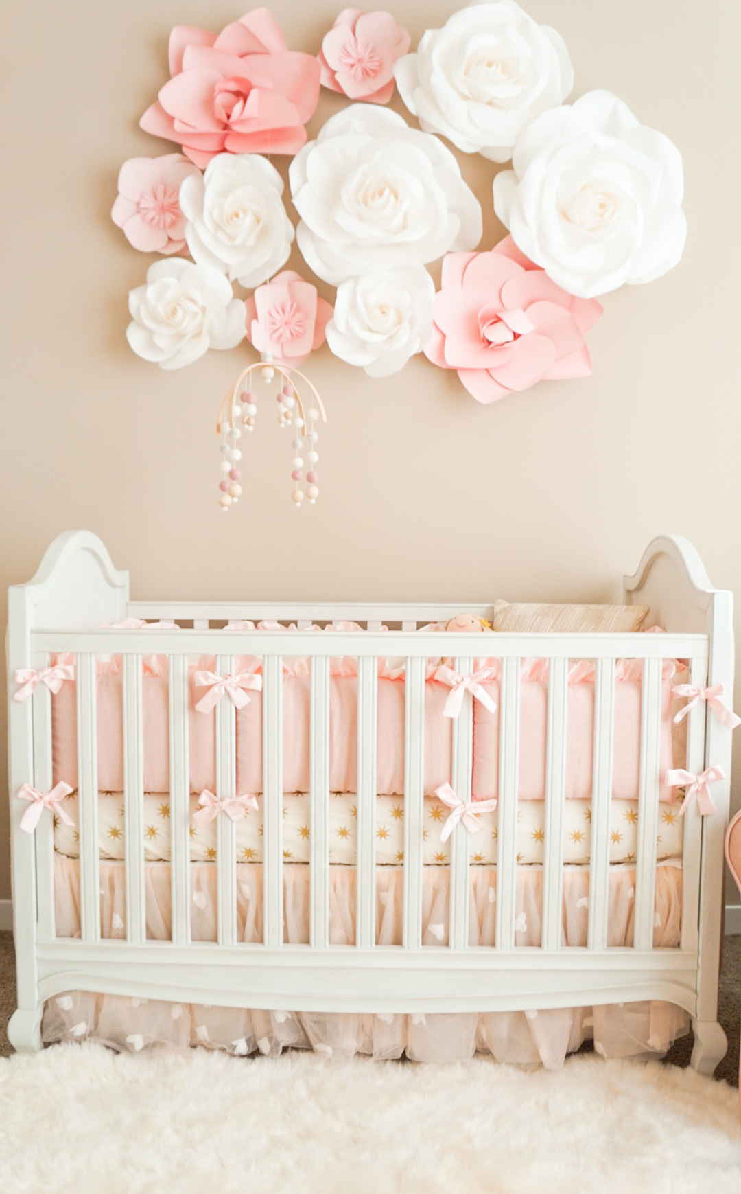 A touch of pink for Baby name nursery decoration
