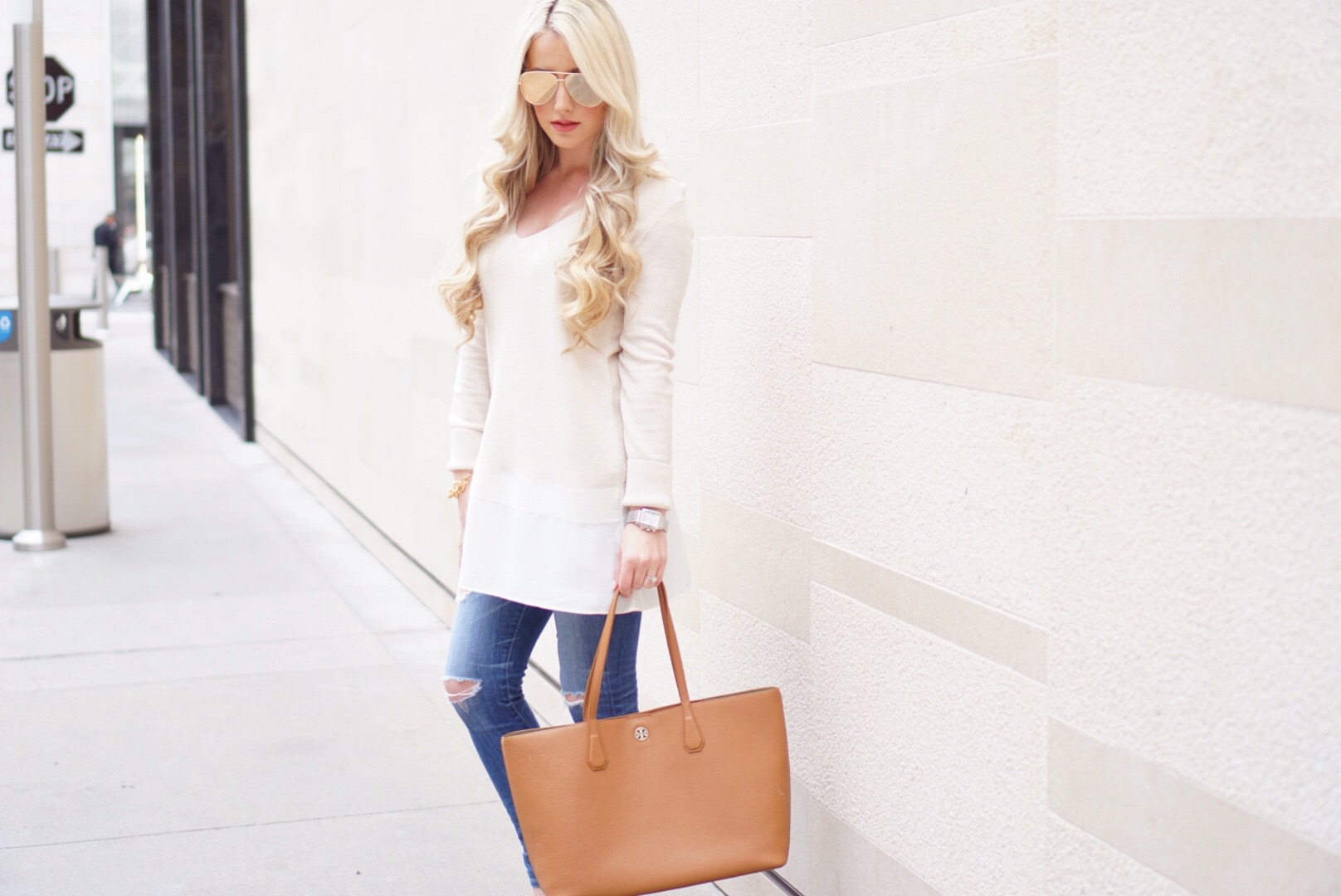 72a45828c7 ... Long Cream Sweater A Touch of Pink Blog Katelyn Jones Oversized Tory  Burch Tote ...