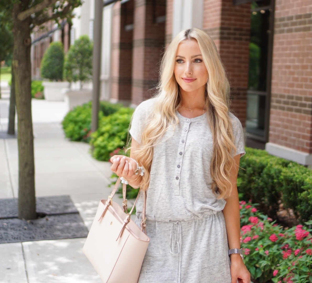 Katelyn Jones A Touch of Pink Blog Tory Burch York Tote