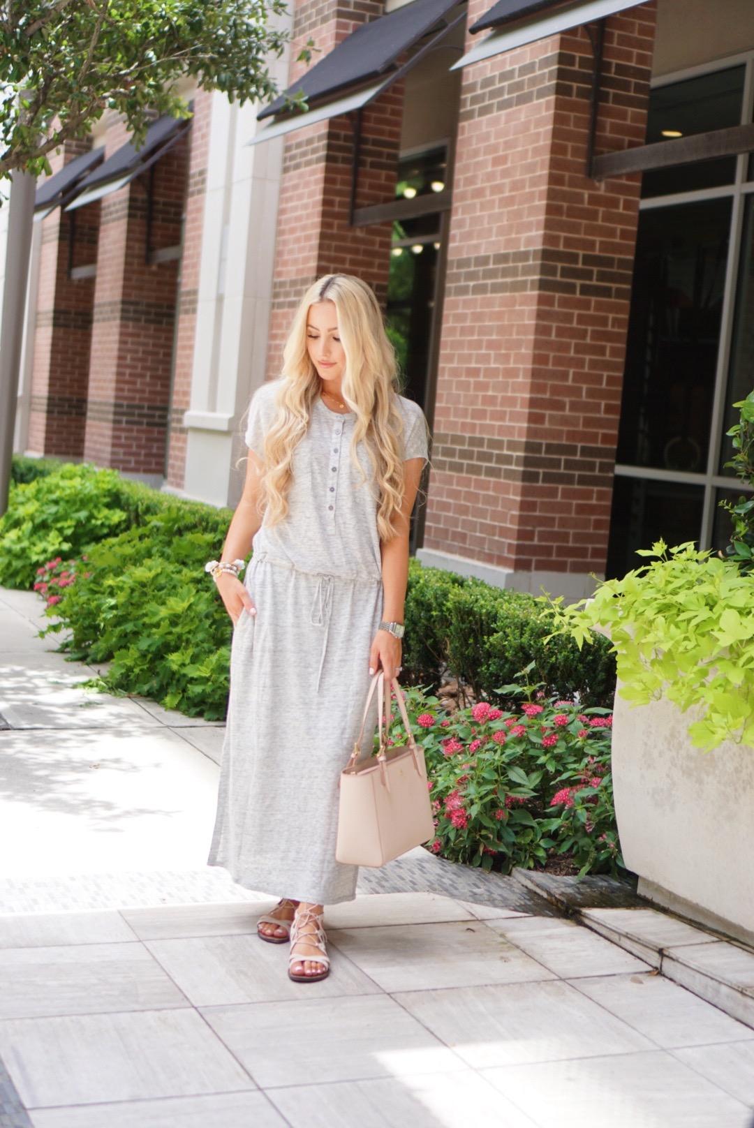 Katelyn Jones A Touch of Pink Blog Linen Knit Maxi Dress