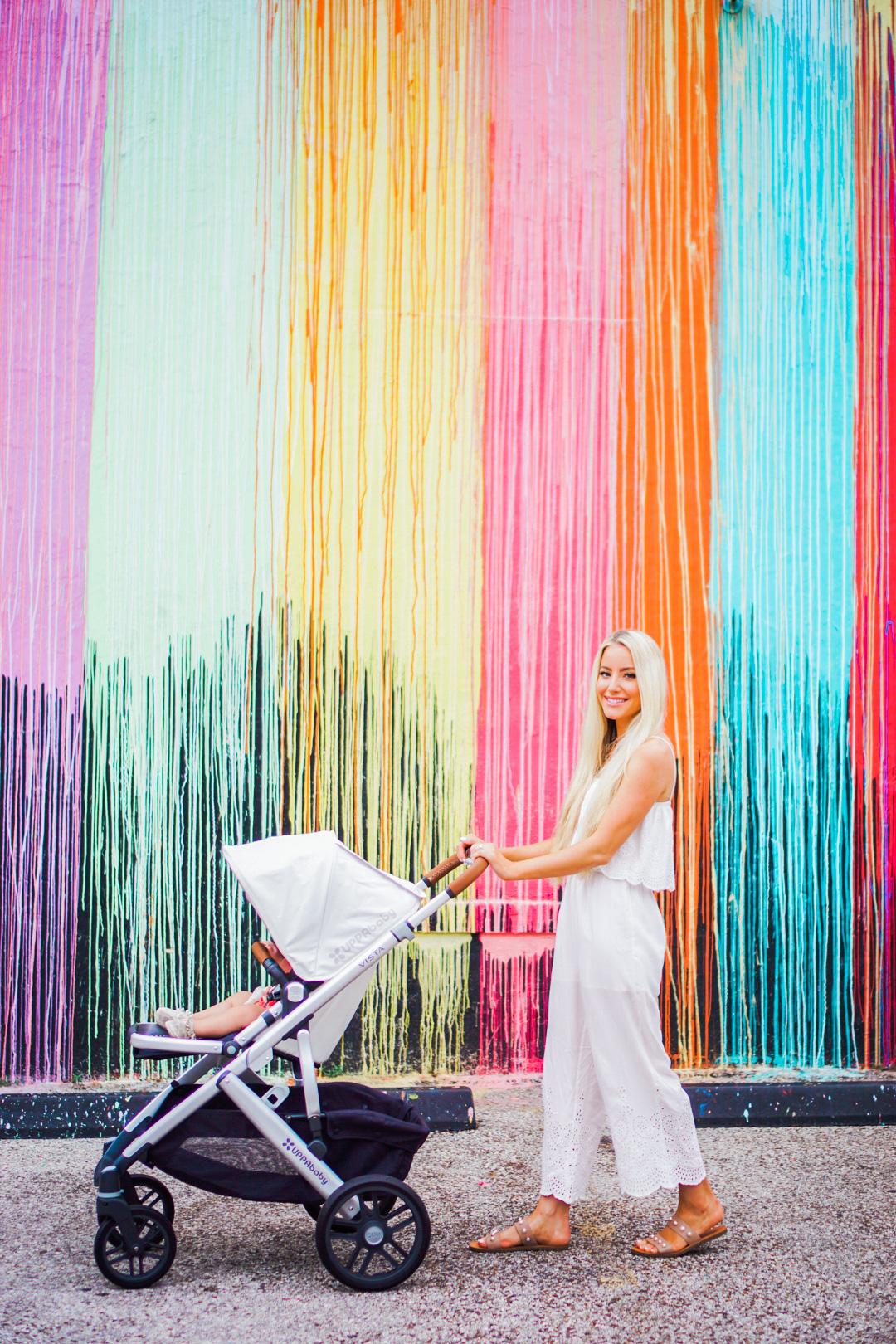 Katelyn Jones A Touch of Pink Blog 2017 Uppababy Vista Stroller Review