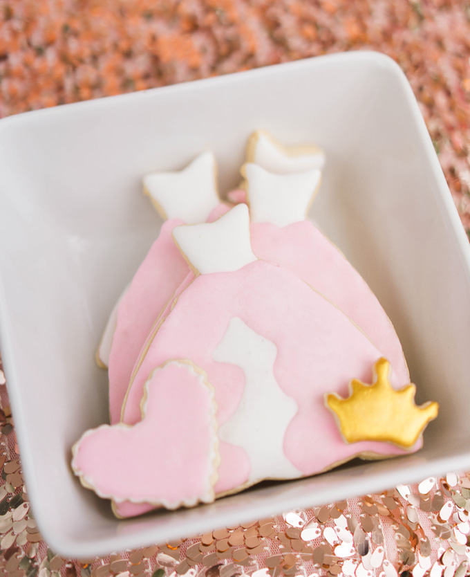 Katelyn Jones A Touch of Pink Baby Girl Birthday Desserts Sugar Cookies Crown