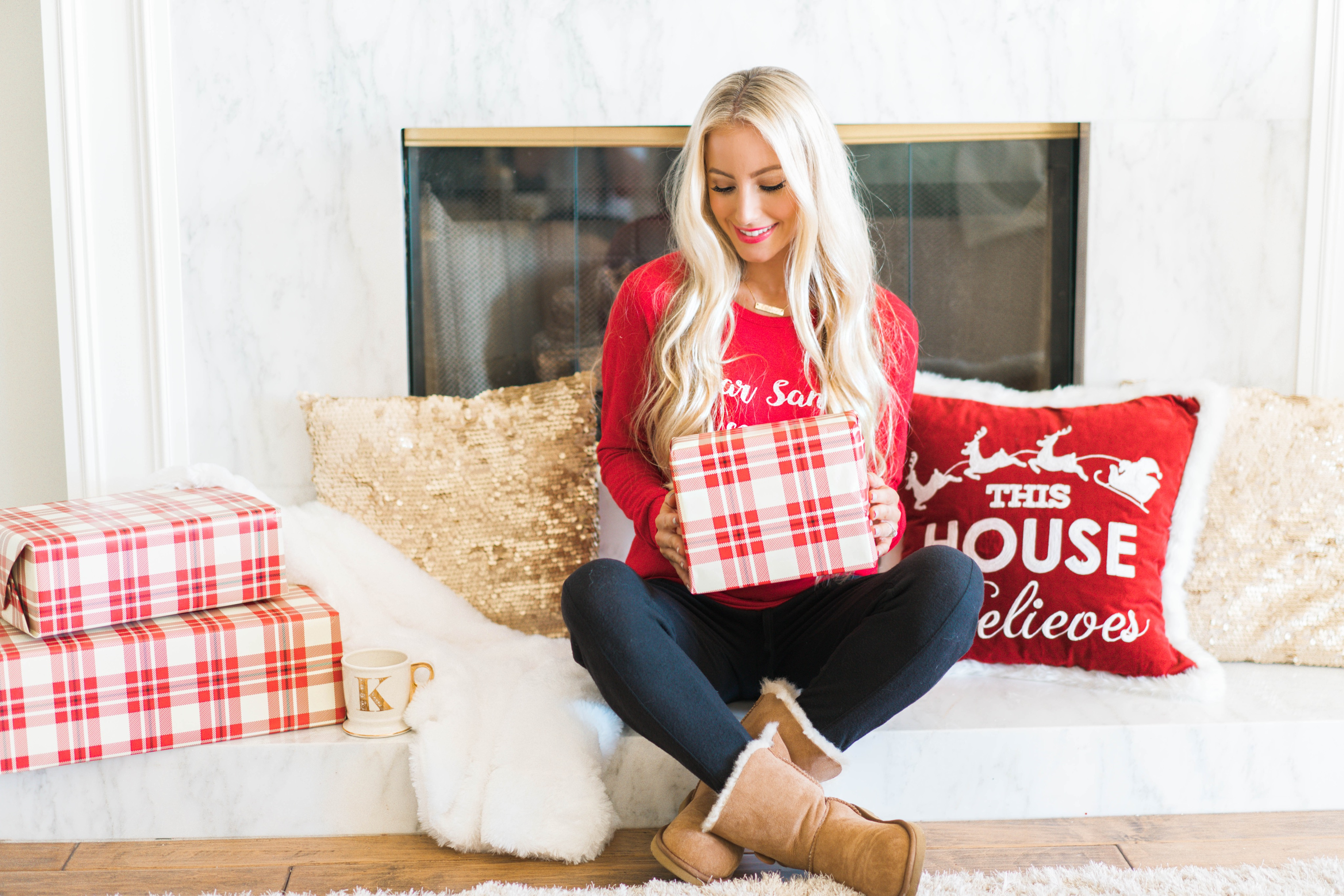Katelyn Jones A Touch of Pink Blog Holiday Gift Guide Nordstrom Christmas Present Ideas for Her