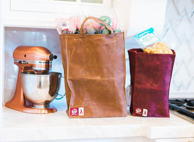 Katelyn Jones A Touch of Pink Blog Olli Bags Black Friday Reusable Grocery Shopping Bags Waxed Canvas