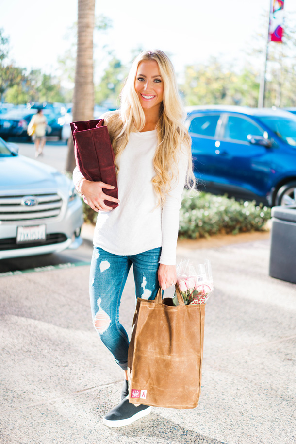 Katelyn Jones A Touch of Pink Blog Olli Bags Black Friday Reusable Bags