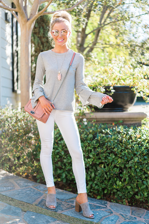Fashion and Lifestyle blogger Katelyn Jones of A Touch Of Pink shares Five Ways to Transition your wardrobe for Spring